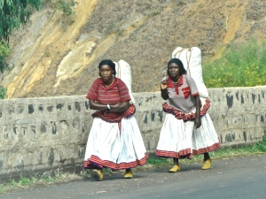 Konso farmers going to market in their traditional dress